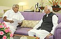 The Chief Minister of Kerala, Shri Oommen Chandy calling on the Vice President, Shri Mohd. Hamid Ansari, in New Delhi on October 16, 2015.jpg