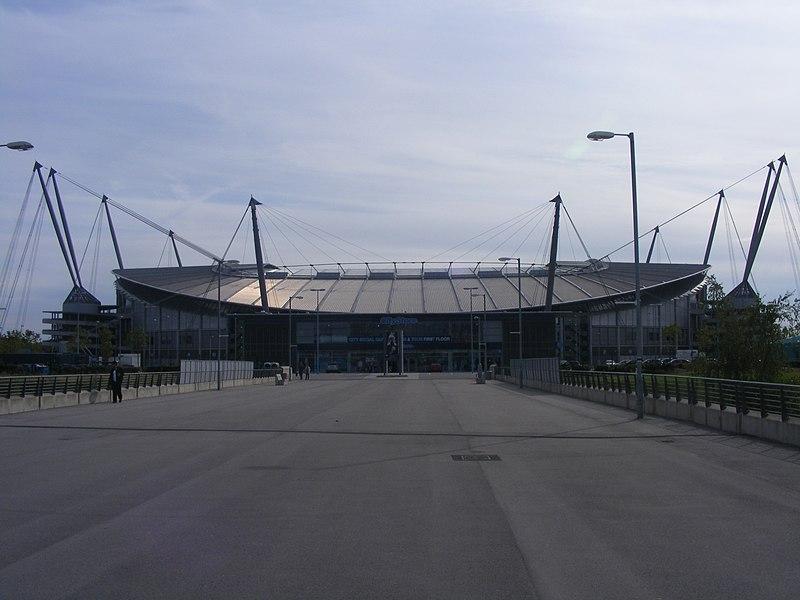 ملاعب الدوري الانجليزي ...بالصور...! 800px-The_City_of_Manchester_Stadium.jpg