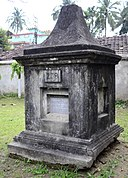 The Tomb of Algernon Lynar Fawcett, Dutch Cemetery at Chinsurah.jpg