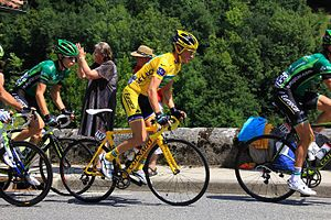 Français : Thomas Voeckler toujours en jaune à...