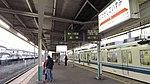 Tobu-railway-TI44-Higashi-koizumi-station-platform-20141230-162622.jpg