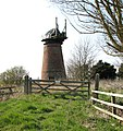 Toft Monks drainage mill - geograph.org.uk - 1803555.jpg
