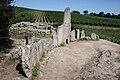 Tomba dei Giganti di Coddu Ecchiu (o Capichera), Esedra. - panoramio - Carlo Pelagalli.jpg