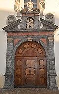 Tor in der Altstadt von Hall.jpg