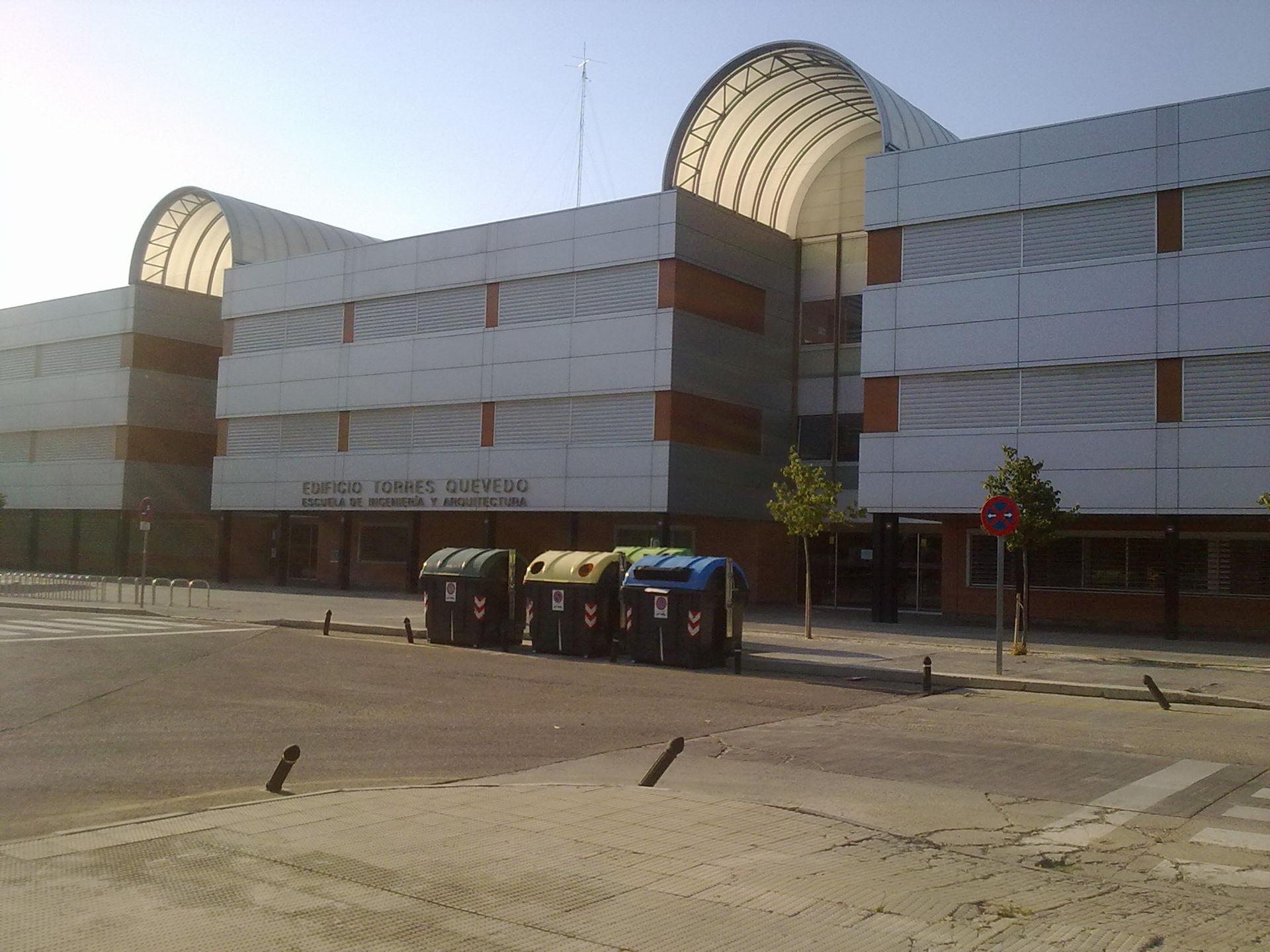 Escuela de ingenier a y arquitectura de la universidad de for Ingenieria y arquitectura