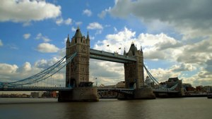 File:Tower Bridge, London Time Lapse (Zeitraffer).webm