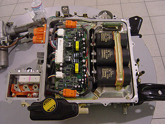 """Hybrid Synergy Drive - Power electronics from Prius NHW11 """"Classic"""""""