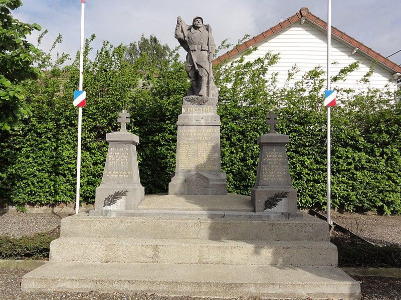 Travecy (Aisne) monument aux morts