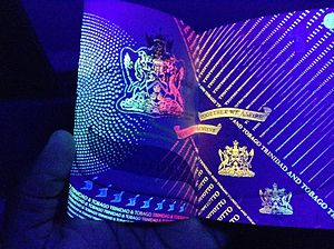 Trinidad and Tobago passport - Security features of current passport