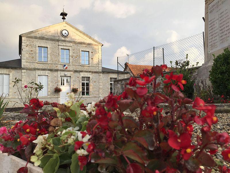 Troësnes, la Mairie