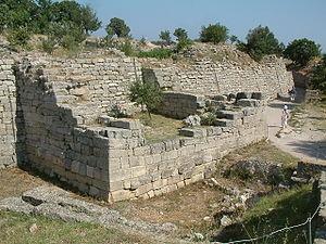 Troja mury obronne rb