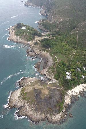 Tung Lung Chau - Northeastern rocky shoreline