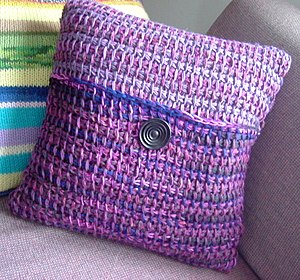 Tunisian crochet - Tunisian crochet pillow.