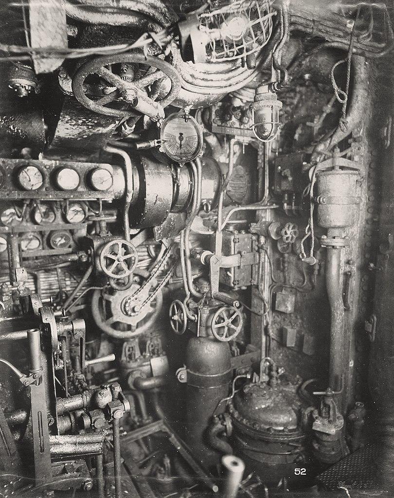 Boat Engine Room: File:U-Boat 110, Diesel Engine Room. (8770729394).jpg