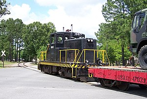 GE 80-ton switcher - Image: USAX 1663 Fort Eustis W Grimes 2007
