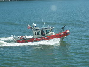 Defender-class boat - Image: USCG RB S 25595