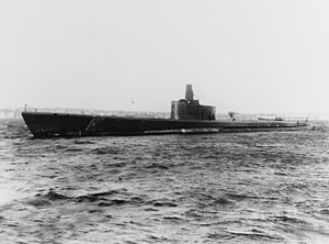 USS Growler (SS-215) off Groton, Connecticut (USA), on 21 February 1942 (19-N-28445).jpg