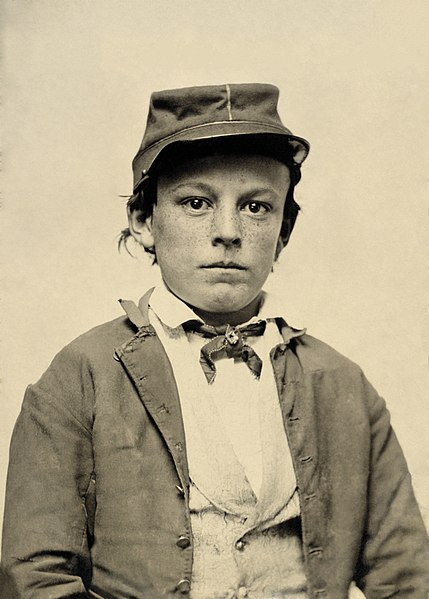 File:Unidentified young soldier in Confederate infantry uniform.jpg