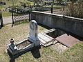 Unusual Grave (399297030).jpg