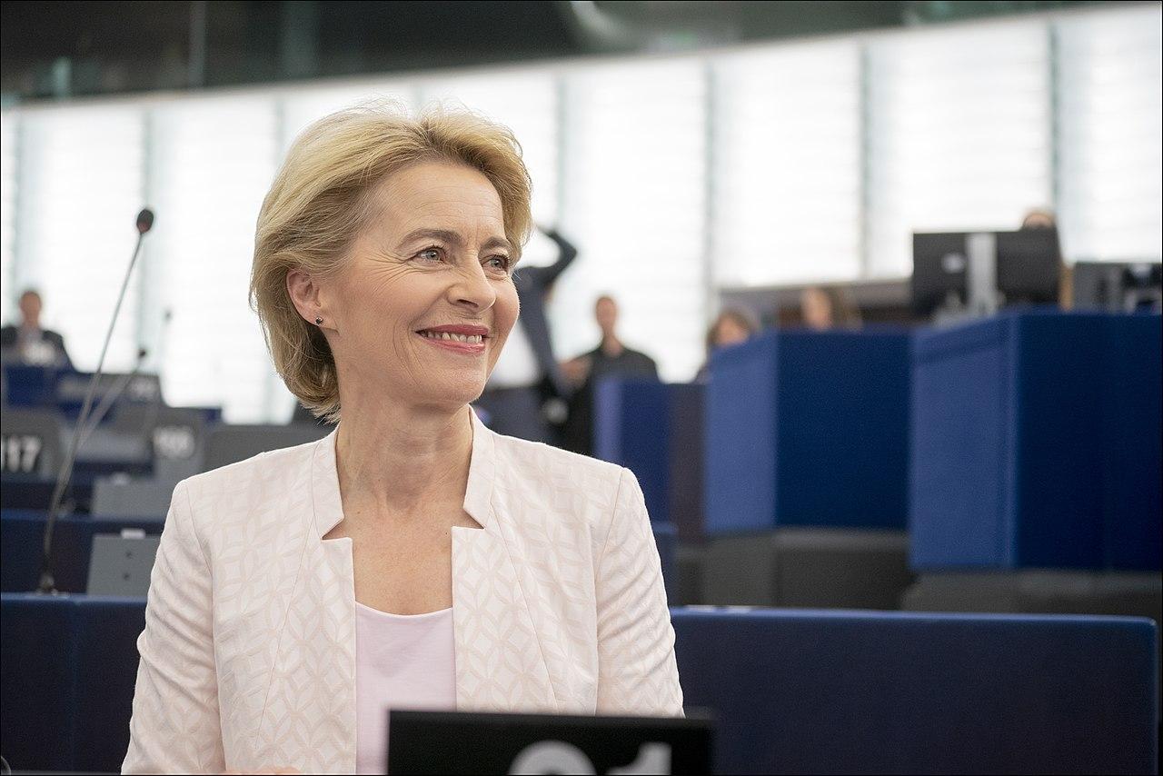 Ursula von der Leyen presents her vision to MEPs (48298975687).jpg