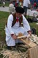 Výrobca šindeľov - ľudová tvorba - remeslá Folklórny festival Východná.JPG