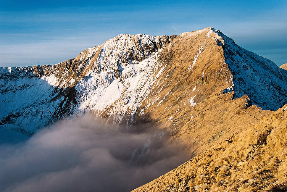 Varful-Moldoveanu-scenery