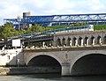 Viaduc-et-Palais-des-Sports.jpg