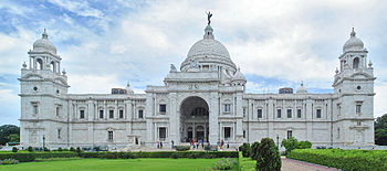 The north facade of the Victoria Memorial (Kol...