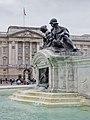 Victoria Memorial and Buckingham Palace - 01.jpg