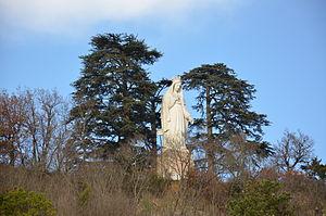 Bon-Encontre - The statue of the Virgin, in Bon-Encontre