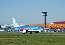 View.across.luton.airport.arp.jpg