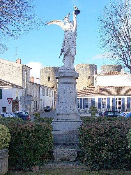 War memorial of Villandraut (Gironde, France)