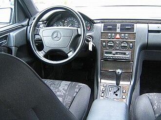 Mercedes-Benz E-Class (W210) - Interior (pre-facelift)