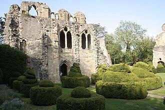 Wenlock Priory - Image: Wenlock Priory 3