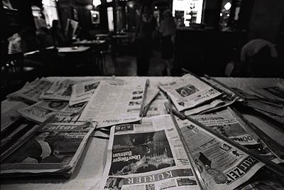 Vienna Café newspapers