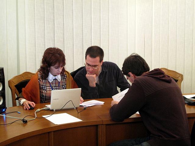 https://commons.wikimedia.org/wiki/File%3AWikimedia_Ukraine_GM_2014_4.JPG