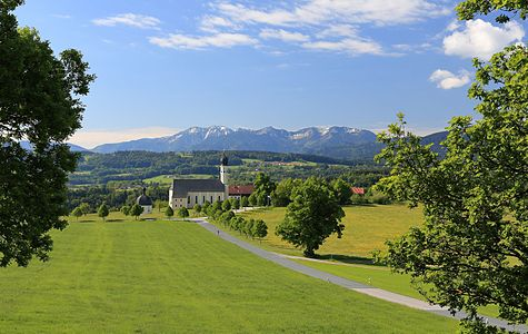 St. Marinus und Anian, Wilparting (Irschenberg), Bavaria, as seen from the north