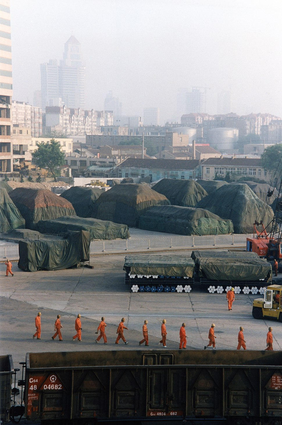 Workers at Dalian port 2002
