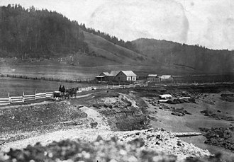 Yachats, Oregon - Yachats 804 Trail in 1892. Shell midden is in foreground, Horizon Hill is in background.