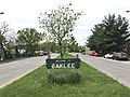 """""""Welcome to Oaklee"""" sign in median, Southwestern Boulevard west of Custer Road, Baltimore, MD 21229 (47692360411).jpg"""