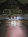 Внутри часовни святителя Николая в Малых Мильцах.jpg
