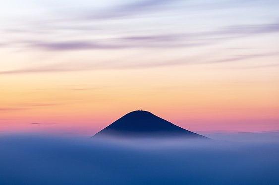 Гора Говерла після заходу сонця.jpg