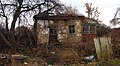 Заброшенный домик на ул. Спокойной с краю Чапаевки - Abandoned house on the edge of Chapayivka, Kiev - panoramio.jpg