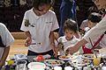 นางสาวปราง เวชชาชีวะ ร่วมสร้างสรรค์งานศิลปะร่วมกับศิลป - Flickr - Abhisit Vejjajiva (14).jpg