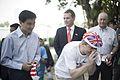 สวัสดีครับ นายกรัฐมนตรี เป็นประธานเปิดงานเพลินจิตแฟร - Flickr - Abhisit Vejjajiva.jpg