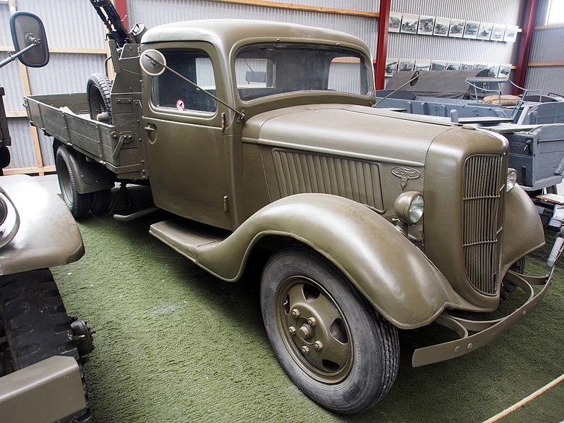 File:1939 Ford V8, photographed at the Aalborg Forsvars- og Garnisonsmuseum.JPG