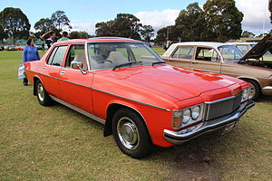 Mazda roadpacer ap wikivisually holden hj statesman de ville hj fandeluxe Choice Image
