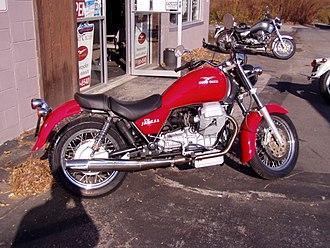 Cruiser (motorcycle) - Moto Guzzi California Jackal