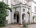 20040925120DR Waldenburg Schloß Eingangsseite.jpg