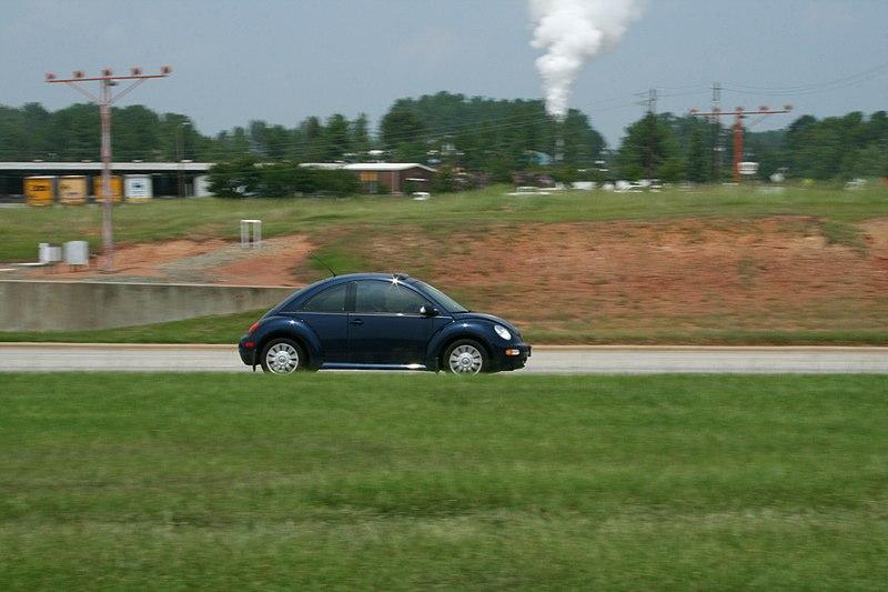 File:2008-07-30 VW New Beetle passing RDU on Lumley Rd.jpg